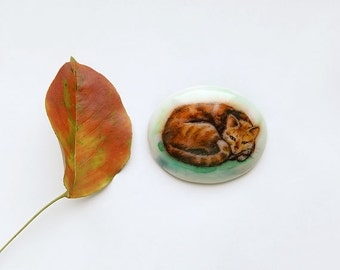 Animal Brooch Red Ginger Cat, cat jewelry, for cat lovers, watercolor hand painting, white and brown, cat curled up, fashion jewelry