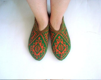 Green and Orange Turkish traditional Handmade Knitted Socks Slippers, ladies booties, knitted home shoes, womens slippers, house shoes