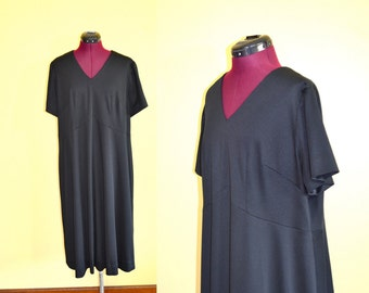 1970s Vintage Plus Size Empire Waist Black Dress size XXL bust 44
