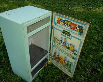Vintage Metal Children's Fridge - Nassau