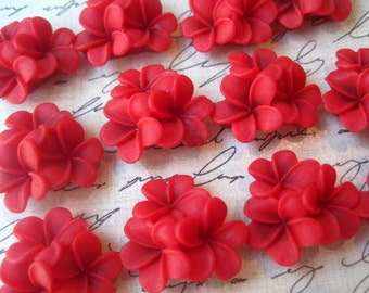 Flower Cabochons / RED Flower Clusters / 21mm / Resin Flower Cabochon / Flat Backs / No Holes