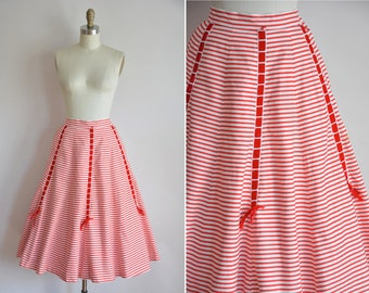 50s The Tie Bar skirt / vintage 1950s cotton skirt/ vintage red stripe skirt