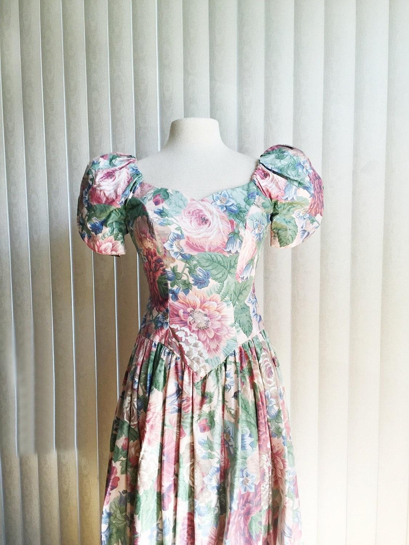 Vintage 80s Floral Dress Full Skirt Long Dress Pastel Green