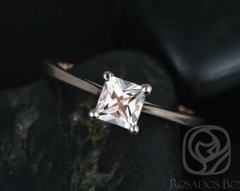 Diamond-Free Eng Rings