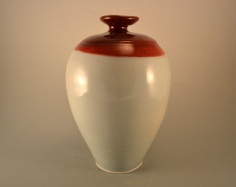 Red tide -porcelain vase with umbria red top and blue celadon body