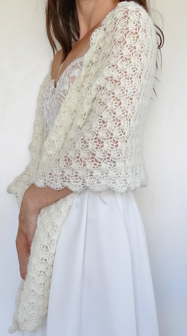 Vintage ivory crochet bridal wrap wedding shawl winter for Shawls for wedding dresses