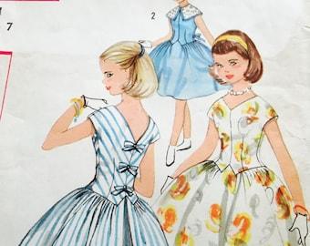 1960s  Simplicity Pattern - Girl, Sz 7, Full Skirt Dress, 2007