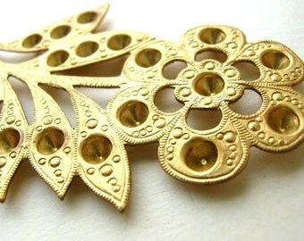 Large Brass Flower Blank - Large Brass Stamping - Brass Findings - Brass Stampings