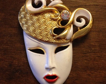 Geisha Enameled White and Gold Face Pin/Brooch