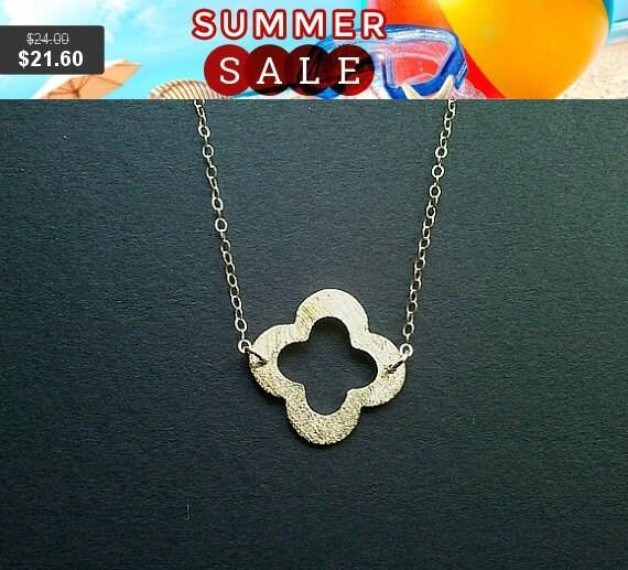 Gold Clover Quatrefoil Pendant, Necklace, clover charm, Best friend Gift -wedding jewelry, St. Patrick's Day
