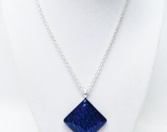 38mm Shimmering Blue Rhombus Pendant Necklace