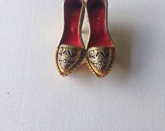 Vintage Enamel Damascene Shoes Figural Brooch