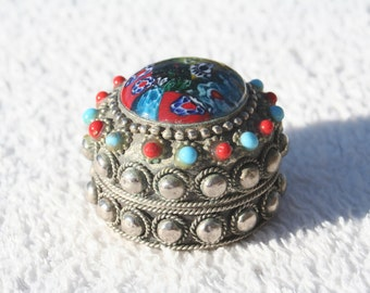 Vintage White Metal Silver Coloured Indian Style Pill Box or Keepsake box Blue and Red Stones Very Ornate