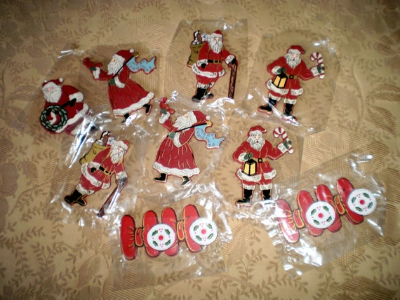 Collection of nine vintage wooden christmas decorations for Collecting vintage christmas ornaments