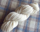 Hand Spun Falkland Singles Yarn, 3.5 ozs (100 gms), Bulky Weight, natural white, un-dyed
