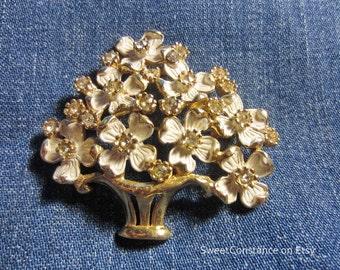 Vintage Kramer White & Goldtone Rhinestone Flower Basket Pin Brooch