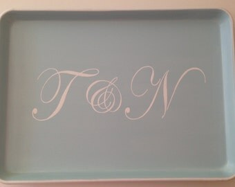 L white 2 script initial ampersand light blue tray