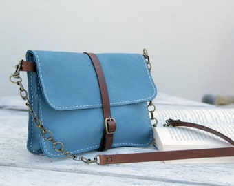 handmade leather bag, handstitched bleu calf leather, women small bag