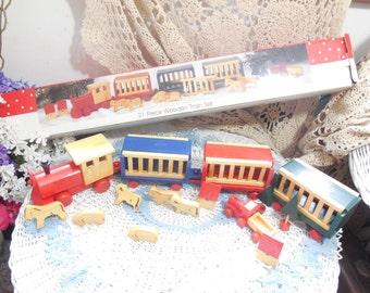 Vintage Wooden Circus Holiday  Train Set Darling and Fun  1993