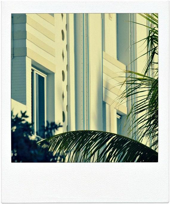 Miami south beach art deco architectural details along ocean for Art deco architectural details