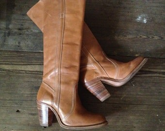 Frye Leather Riding Boots Light Tan Brown Size 6 US High Heels Knee High