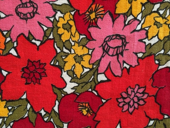 Super Groovy Vintage Flower Barkcloth Fabric By The Yard And