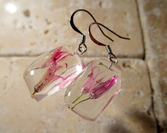 Chive Flower Dangle Earrings, dangle earring, plant jewelry, flower jewellery, clacked ice style, surgical steel hook, pink, herb