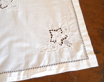 vintage white embroidered tablecloth Richelieu embroidery cutwork tablecloth vintage french tablecloth shabby chic