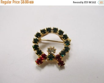 ON SALE Vintage Smal Prong Set Rhinestone Wreath Pin Item K # 1838