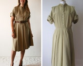 Vintage 1940's Dress short sleeves embroidery on collar