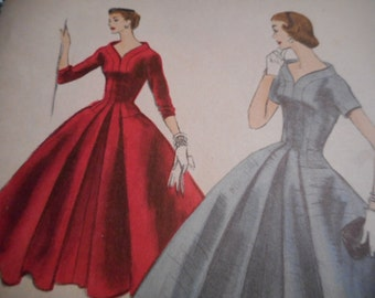 Vintage 1950's Vogue 8671 Dress Sewing Pattern, Size 12 Bust 30
