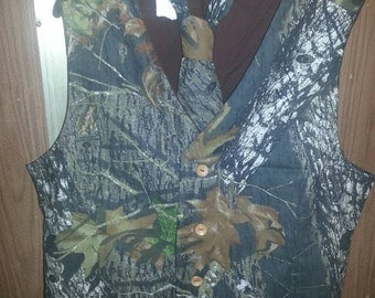 Boys Mossy Oak Camo 3 Button Wedding Vest with either Bow Tie or Neck tie
