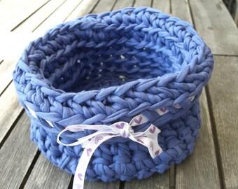 Basket, crochet, crocheted hooked wool
