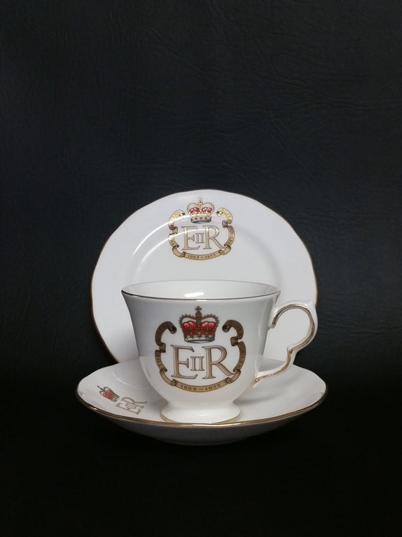 Vintage Queen Anne Fine China Tea Cup, Saucer & Desert Plate