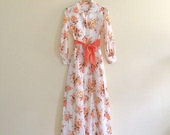 Vintage Autumn Floral Maxi Dress // White, Orange & Coral Retro Flower Hostess Dress // Hippie Boho Peter Pan Collar Gauze Dress // 1960s