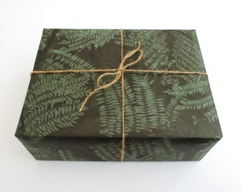 Lokta Wrapping Paper, Bunched Sirus Print with Green Dye, Hand made and Fair Trade