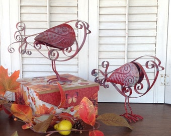 2 Metal Feet Birds - Red French Scrolled Metal Birds