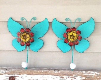 Bold and Beautiful Butterfly Wall Hooks / Mint Metal Wall Decor / Jewelry Hangers