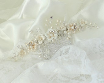 Allison Hair Comb, Flower Bridal Comb, PoRcelain Flower Bridal hair comb, Wedding hair accessories, Bridal Headpieces,