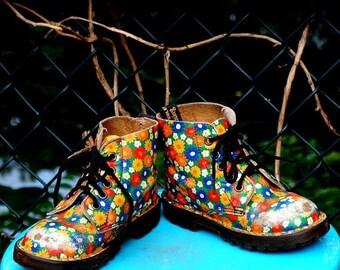 Floral Dr Martens Toddler Size 10 Girls Shoes Ages 3 - 4 Childrens Vintage Shoes Childs Shoes Punk Flower Power Doc Martens Made in England