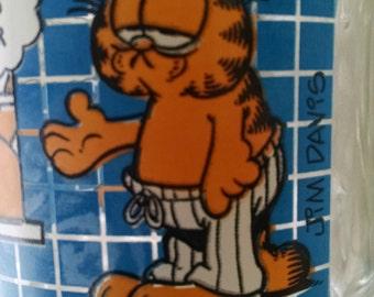 Garfield Mug/ Mc Donald's Collectible Glass Mug