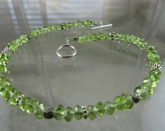 "Delicate Grade A Peridot faceted bead bracelet 7 3/4"" Sterling Silver"