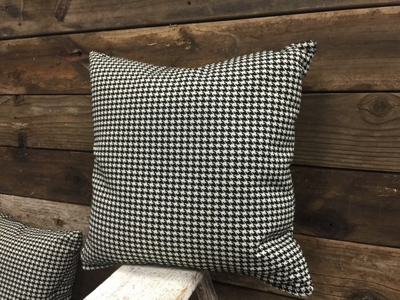 Black And White Houndstooth Throw Pillows : 18 Black and White Houndstooth Decorative Throw Pillow
