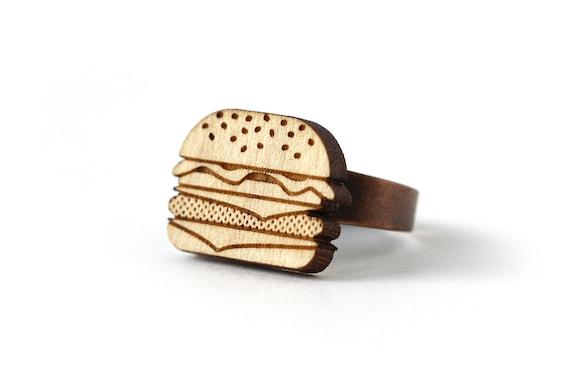 Burger ring - hamburger ring - food jewelry - retro kitsch jewelry - graphic jewellery - lasercut maple wood
