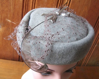 Gray Wool Hat with Netting and Feather - Vintage Ladies' Winter Cap by Glenover - Birdcage Pillbox Grey Wool Felt Hat - One Size Fits Most