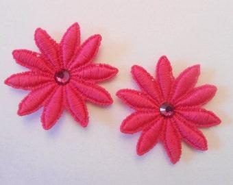 5 cm fuchsia color guipure flowers