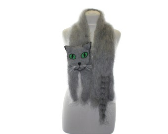 Knitted Scarf / Russian Blue Cat / Fuzzy Soft Scarf / grey cat with emerald eyes/ cat scarf / knited cat scarf / Kids Scarf  / child scarf