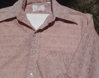 Vintage 1970s Light Brown Polyester Long Sleeved Disco Shirt with Ornate Pattern M