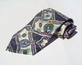 Vintage 1990s NWT Looney Tunes US Currency Novelty Polyester Tie NOS Deadstock