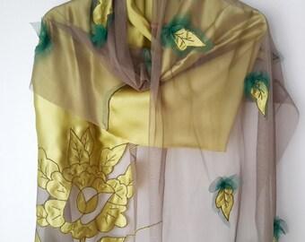 Bridal shawl,wedding gift,green shawl,silktulle shawl,handmade unique shawl,women,gift for her,silk shawl,green and green,shawl,fall leaves